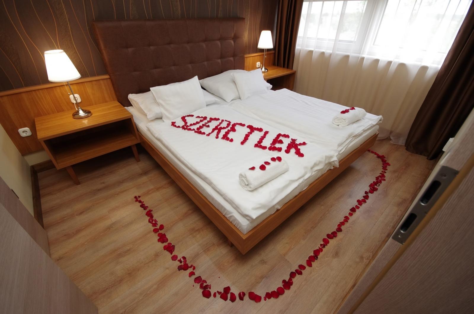 Aqua Hotel Gyula Superior - Cameră de hotel