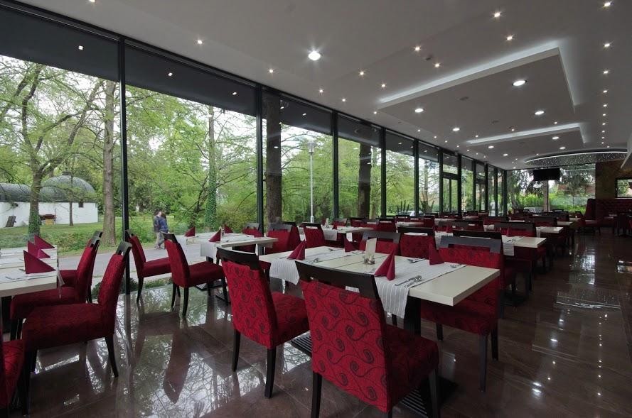 Aqua Hotel Gyula Superior étterem &hall