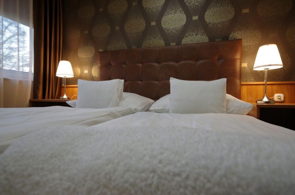 szoba ágy 5